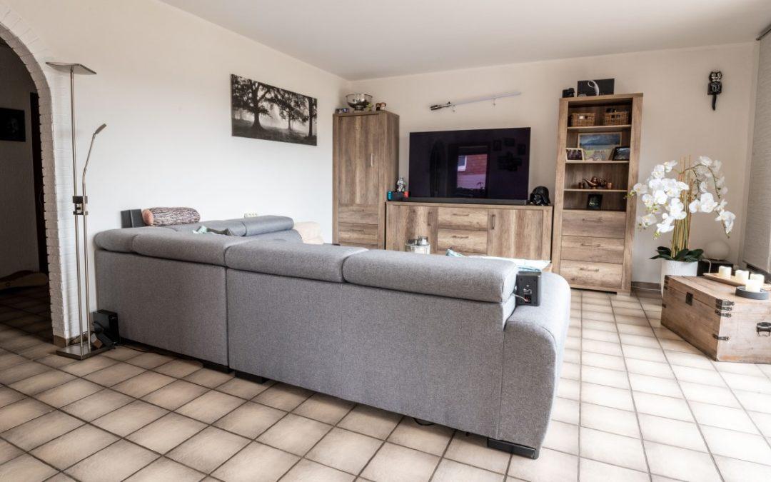 Neue Immobilie – große Maisonette-Wohnung mit Dachterrasse in Oberhausen Alsfeld